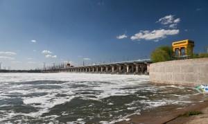 Водосброс на Волжской ГЭС